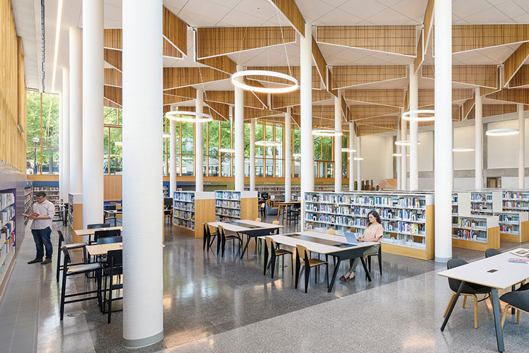 Boston Public Library, Roxbury branch Architect: Utile Photo: Anton Grassl Architectural Photography